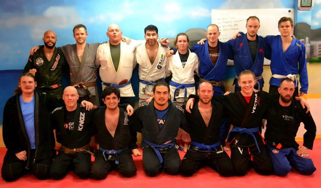 Holdfoto af BJJ team i Great Danes